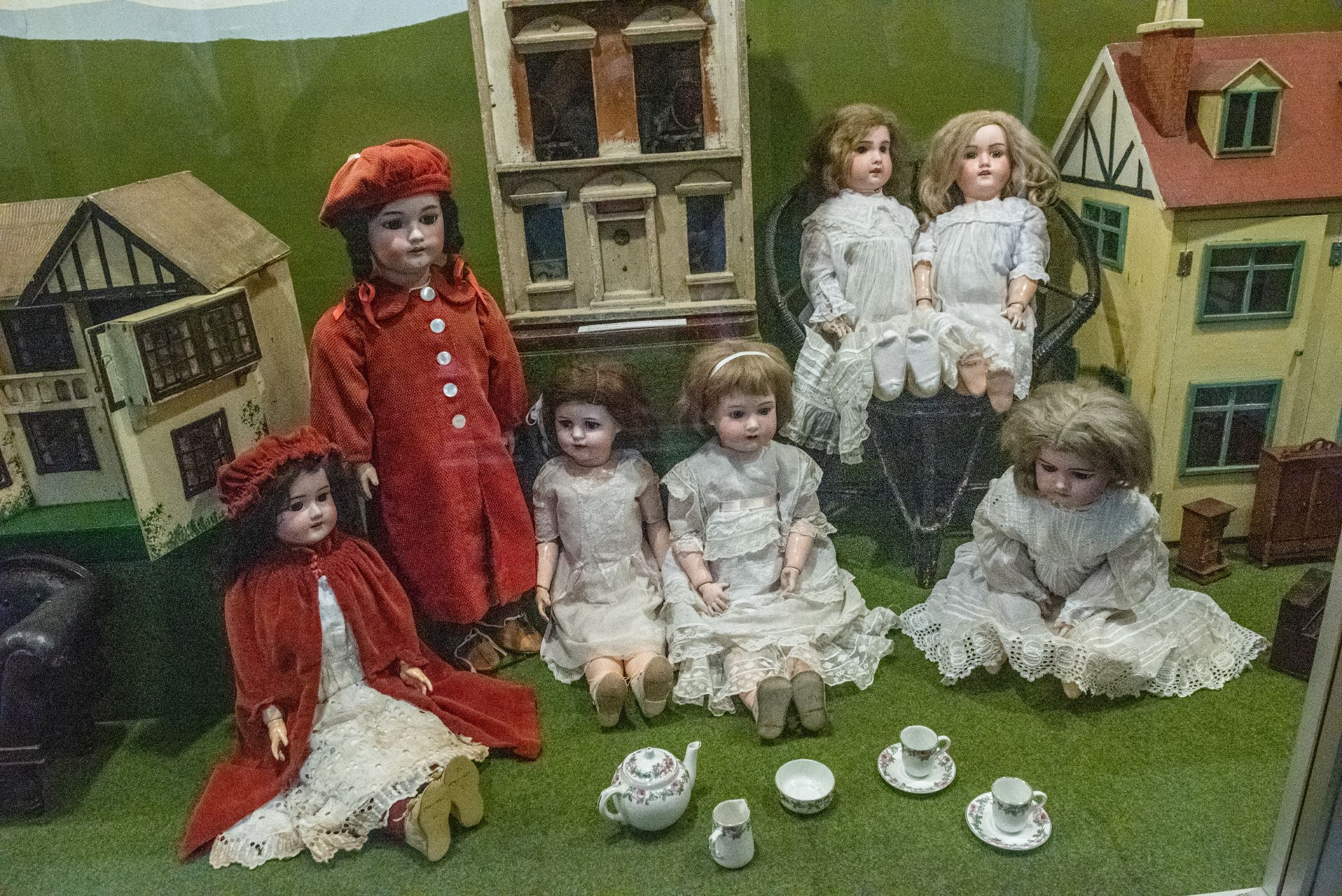 1900s childrens dolls